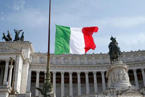 İtalya ekonomisi çöktü